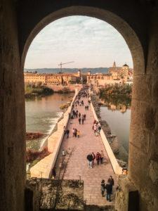 Vistas del puente en Córdoba